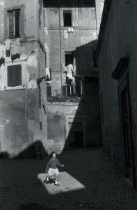 rome_1959_c_henri_cartier_bresson_magnum_photos_courtesy_fondation_hcb_gallery