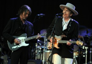 US legend Bob Dylan (R) performs on stag