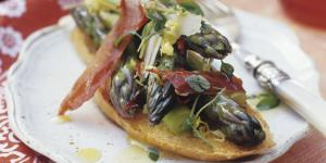 crostone_prosciuttocrudo_asparagi