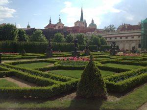 giardini del senato praga