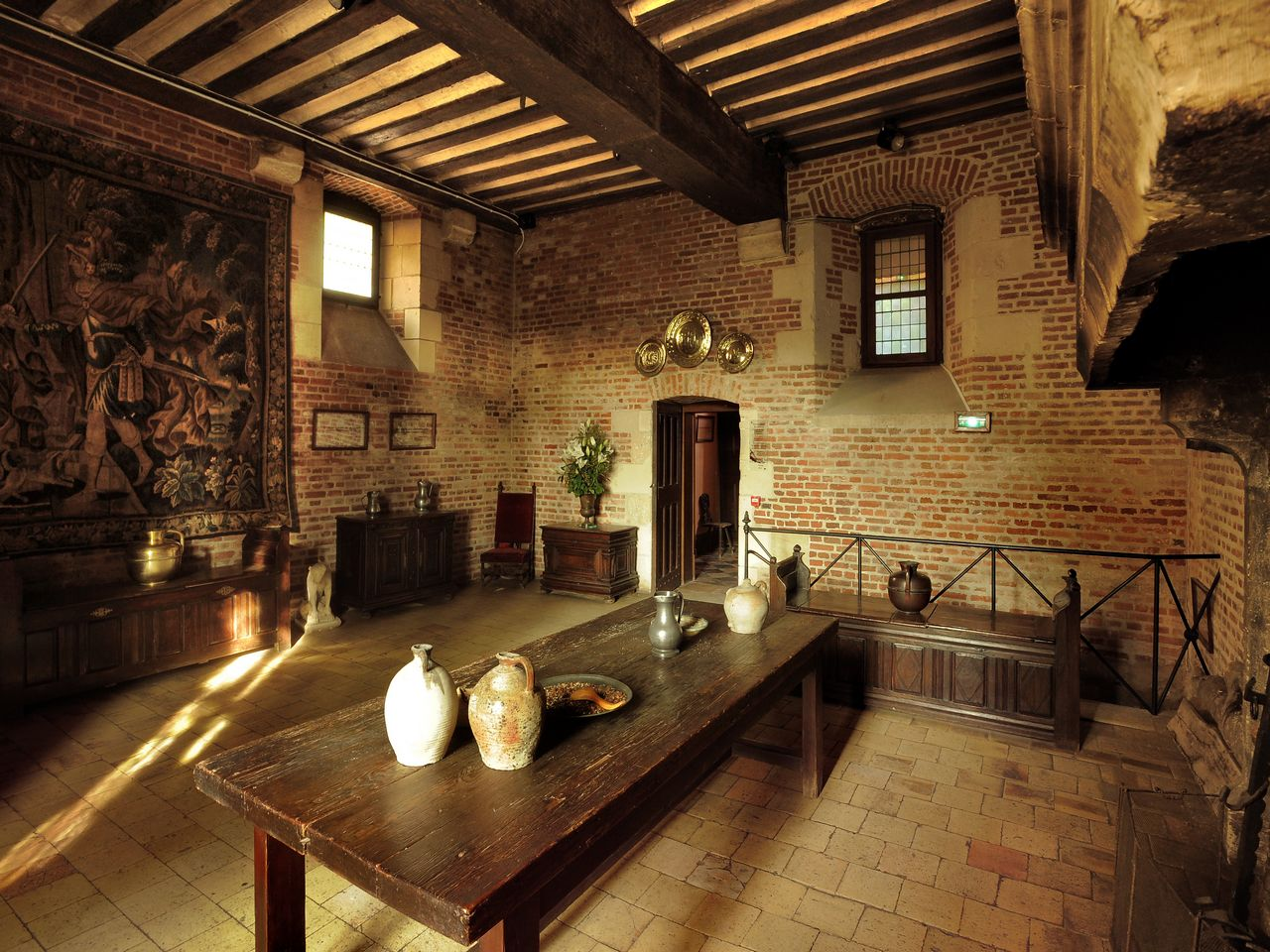 lampadari medievali : In viaggio tra i Castelli della Loira