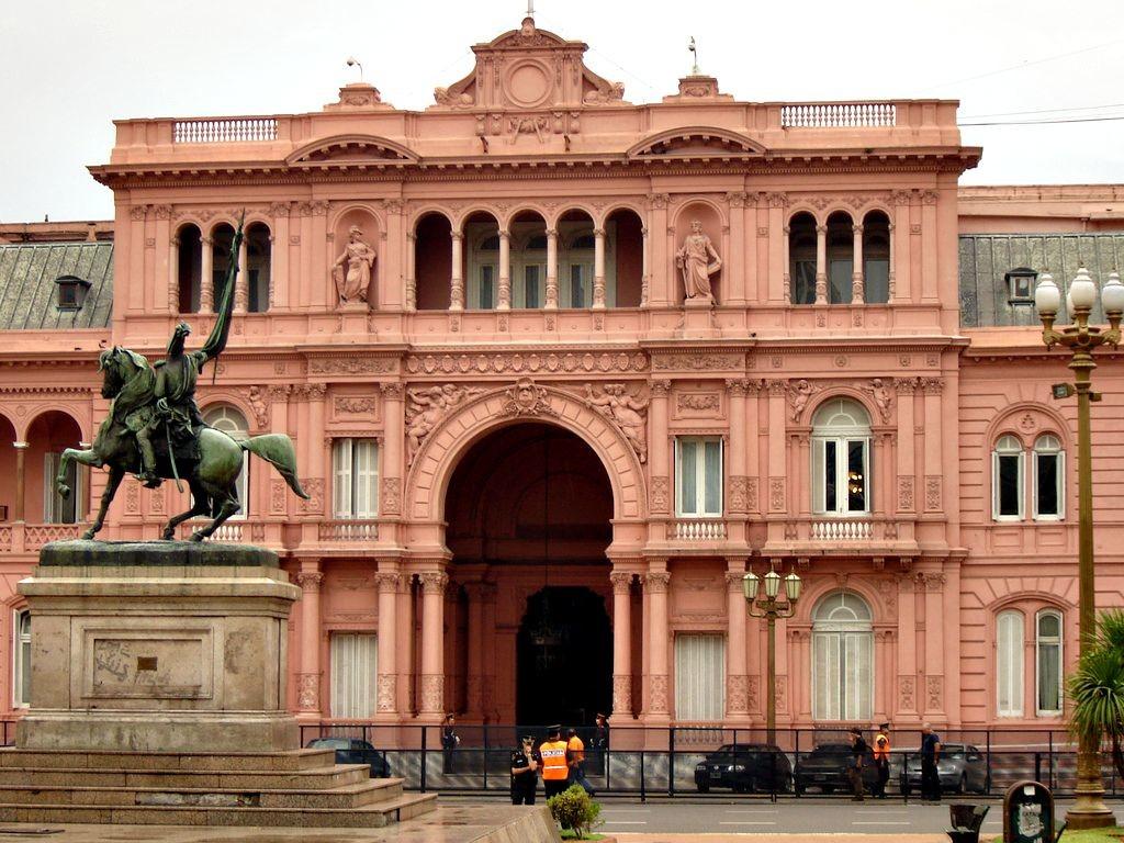 Casa Rosada su Piazza Royo, Buenos Aires