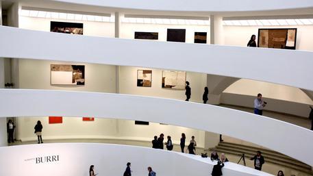 Guggenheim museum burri new york