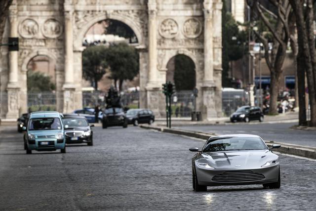 007 spectre roma bond