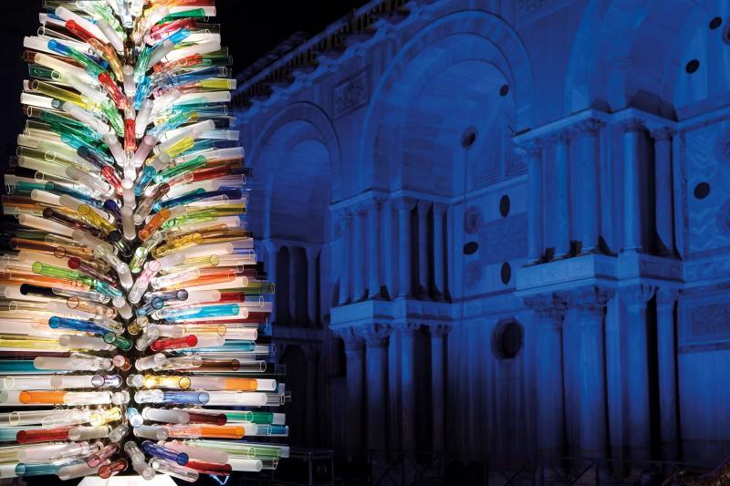 L'albero di vetro soffiato più grande al mondo, Ferrara