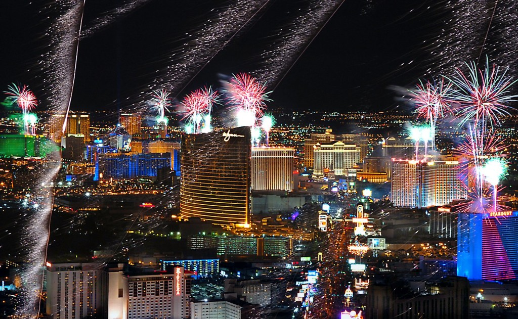 Fireworks-above-the-Las-Vegas-Strip-NYE