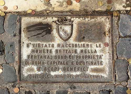 targa monetine fontana di trevi