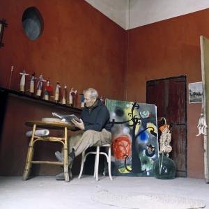 Planas Montaya Miró all'interno dello studio Son Boter
