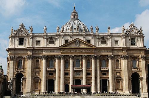 Facciata Basilica di San Pietro