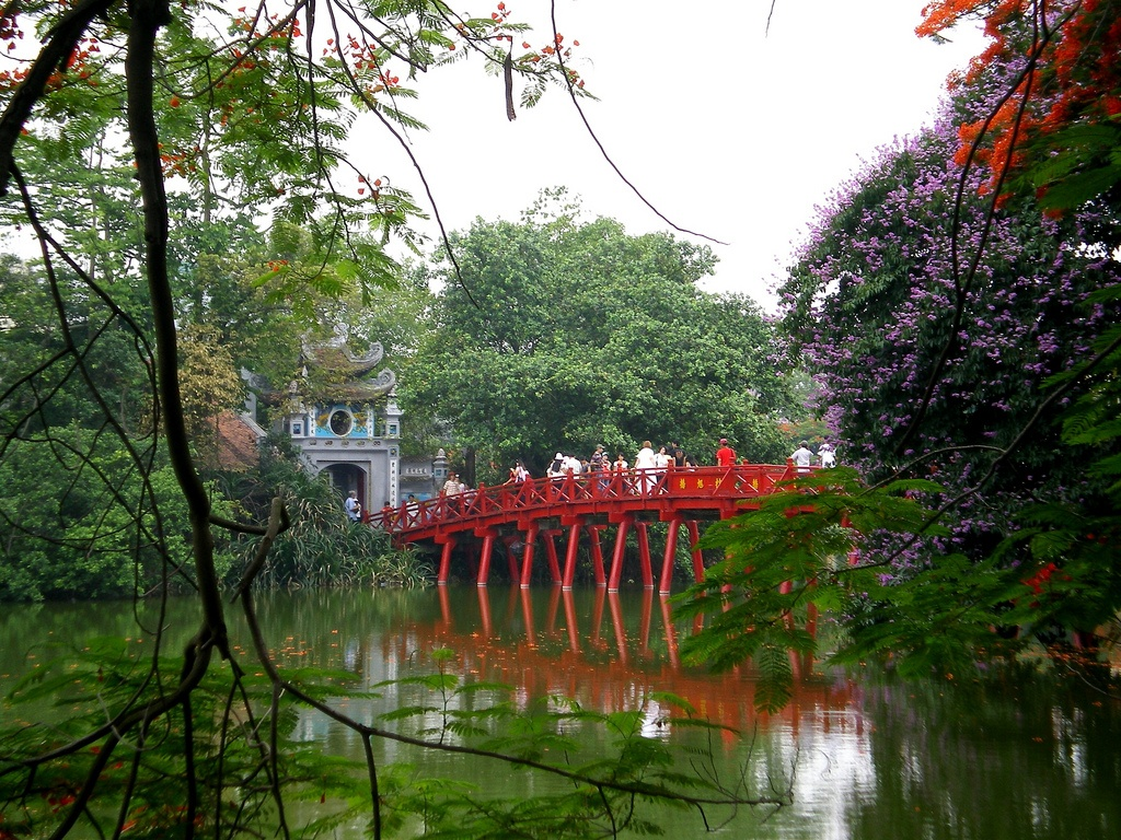 Hanoi the huc bridge, Vietnam