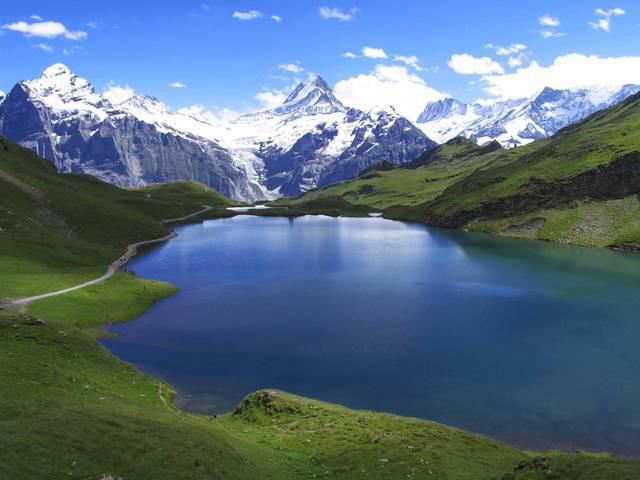 Zurigo costanza ginevra e lugano la svizzera dei grandi for Disegni di laghi