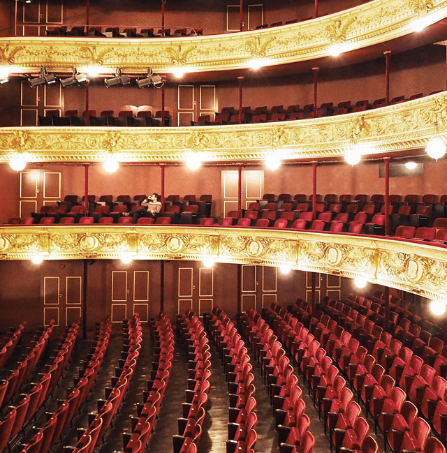anneoesterby_royal-theatre