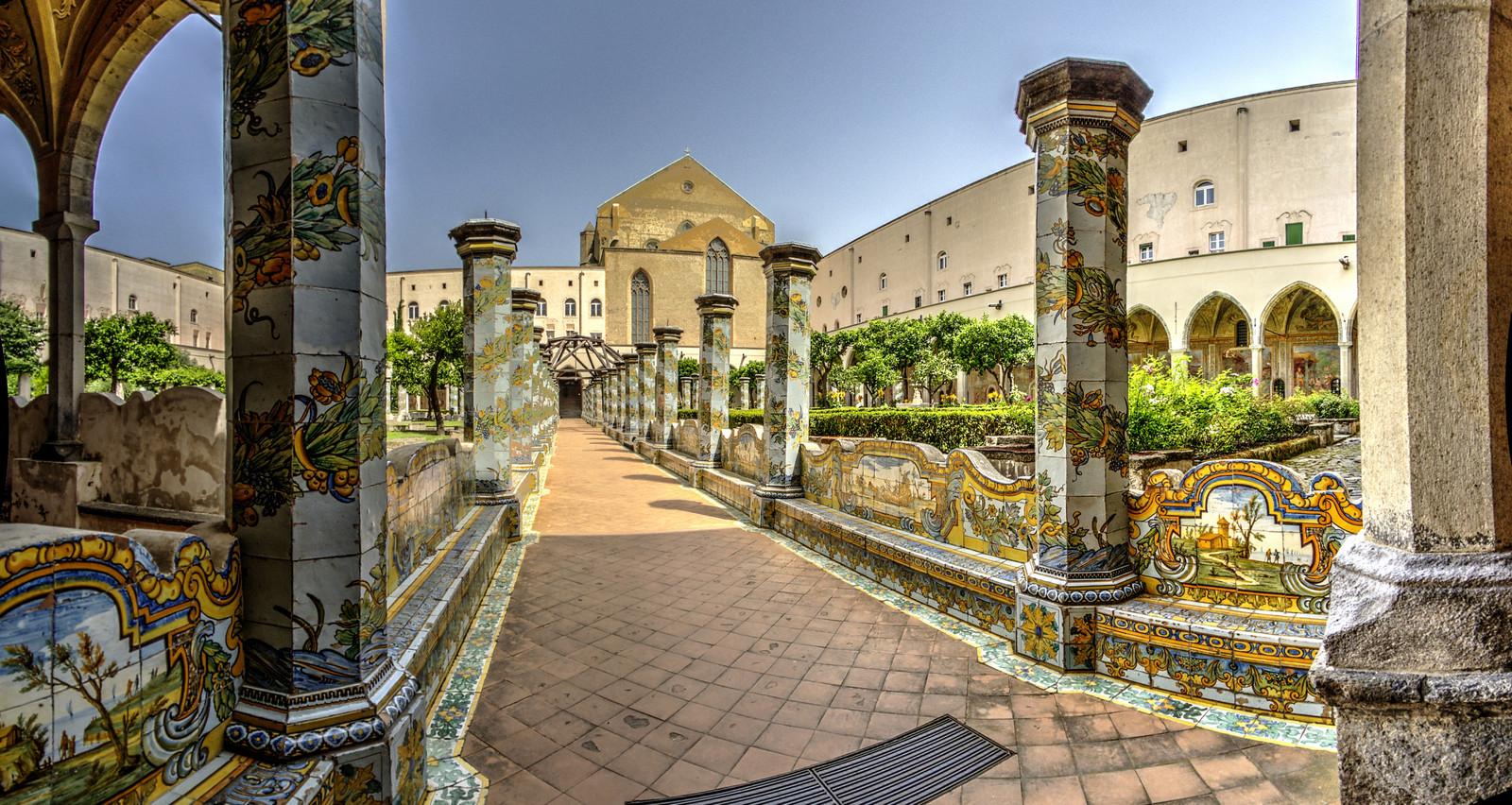 Chiostro di Santa Chiara - Napoli