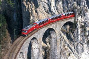 in_svizzera_con_il_bernina_express03b