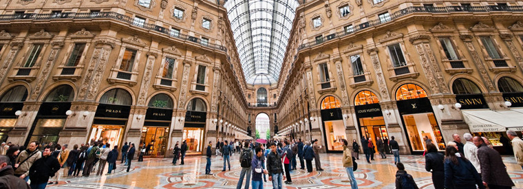 Un giro di shopping nel vecchio continente tgtourism for Milano fashion outlet