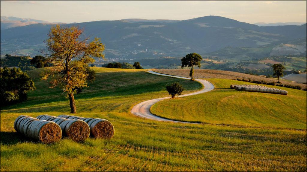 San Severino, Marche Photo and © Luigi Alesi