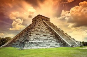 Chichen-Itza_in_Messico