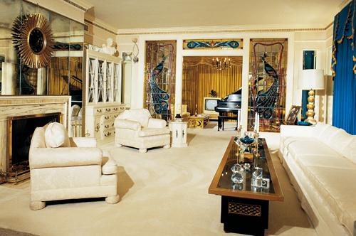 livingroom500x332-graceland