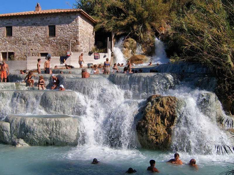 Le terme naturali pi belle d italia da nord a sud la top - Bagni di saturnia ...