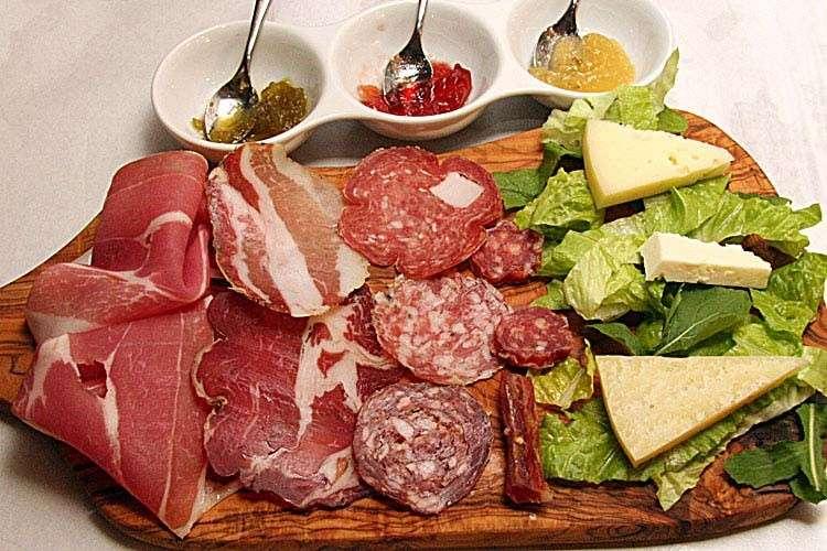 Antipasti Per Natale Di Carne.Menu Di Natale Tradizionale I Classici Delle Feste A Base Di Carne