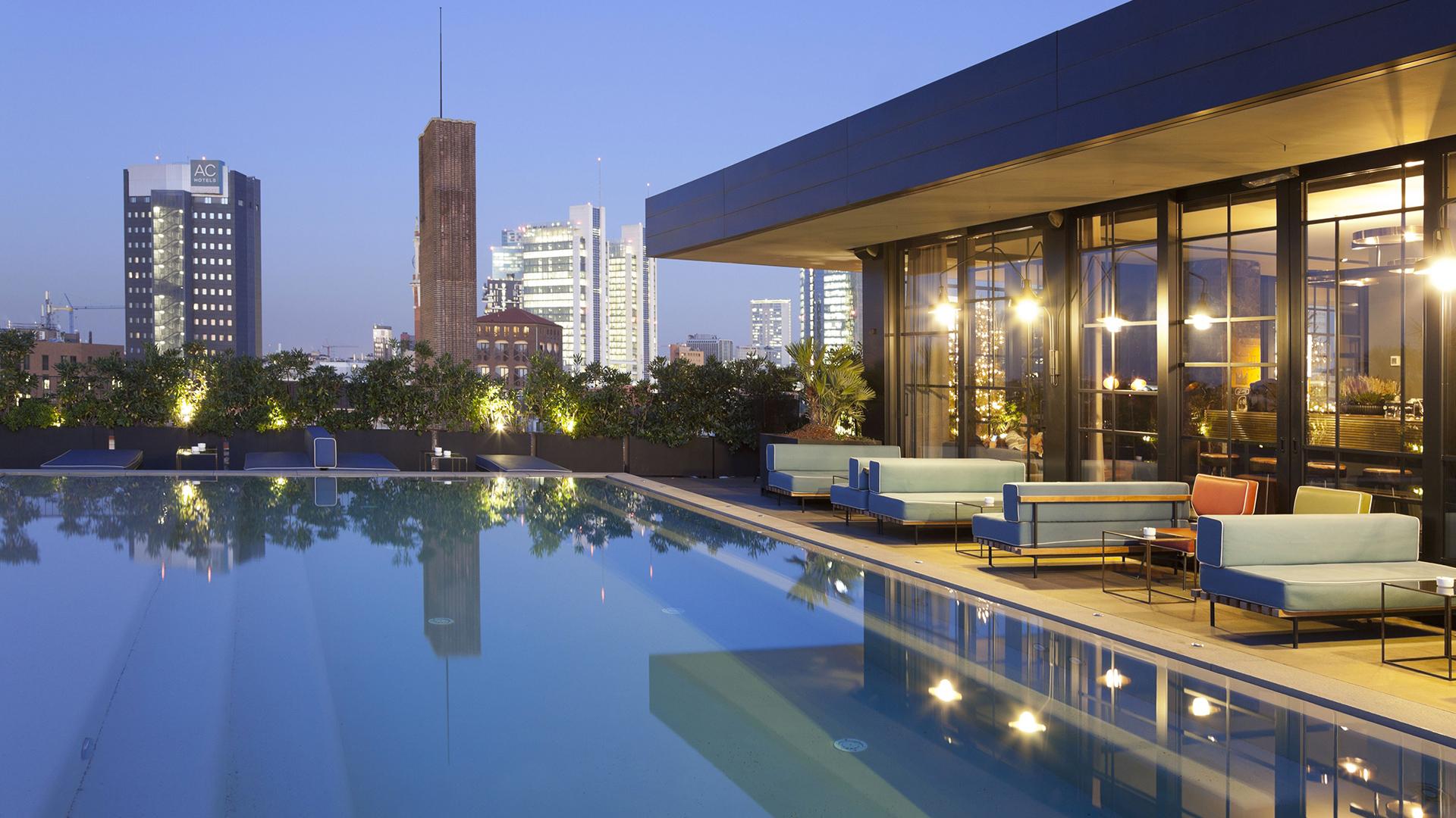 Aperitivo con vista panoramica le terrazze pi belle di for Terrazze arredate