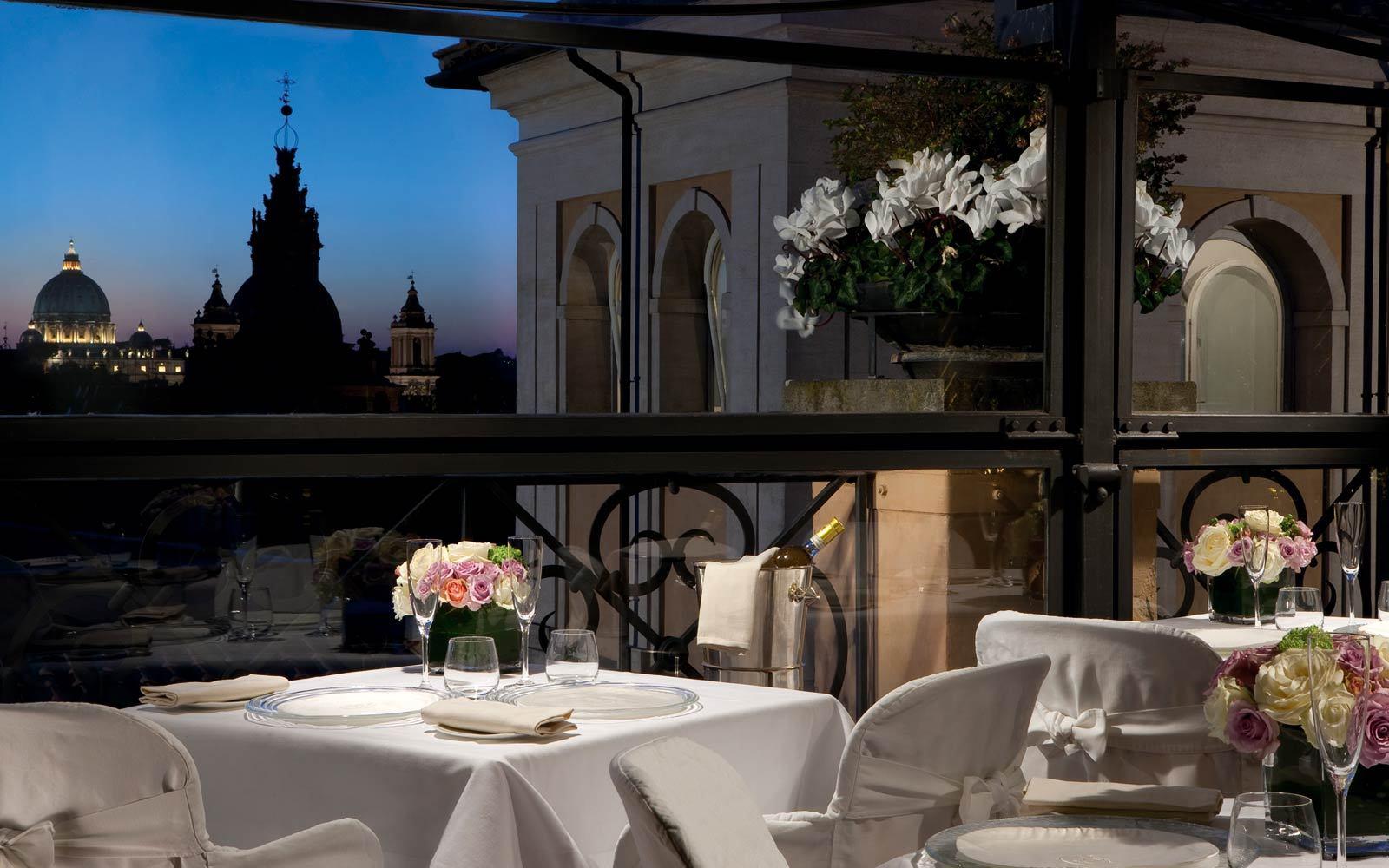 Aperitivo con vista panoramica: le terrazze più belle di Roma ...