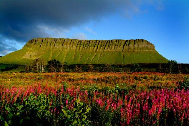 Ben Bulben, Irlanda