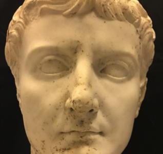 Reperto della Testa dell'Imperatore Tiberio