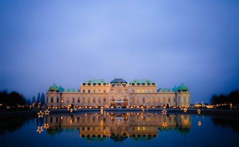 Castello e lago a Vienna, dichiarata da Mercer la città con la miglior qualità di vita