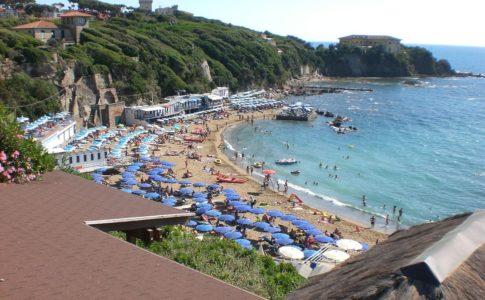 Convegno Bari riforma turismo balneare