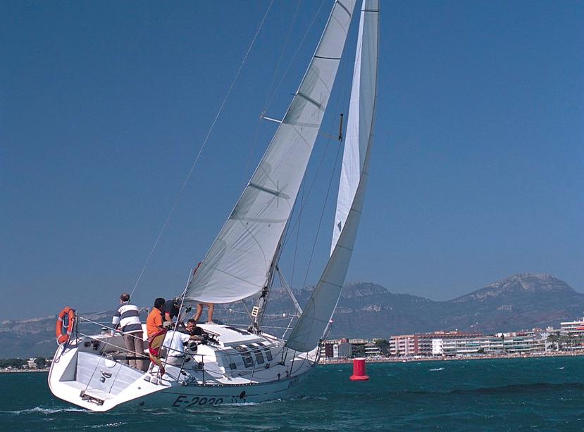 Lezioni di vela nel Salou Sailing Club (Catalogna)