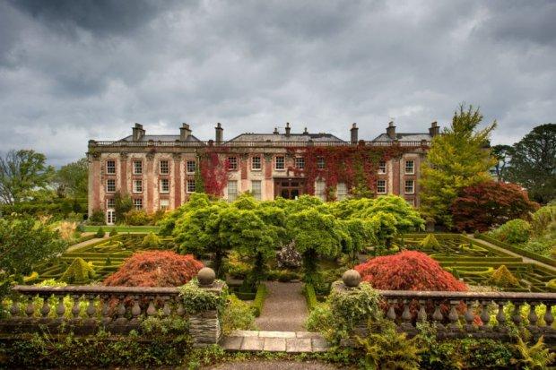 Giardini Bantry House