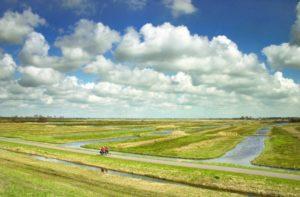 Il paesaggio del polder visto dalla diga