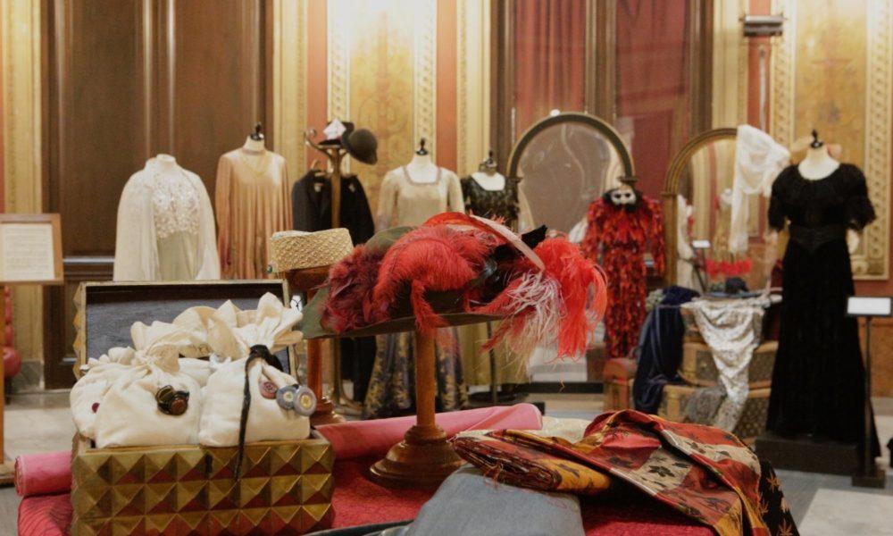Mostra costumi al Teatro Massimo