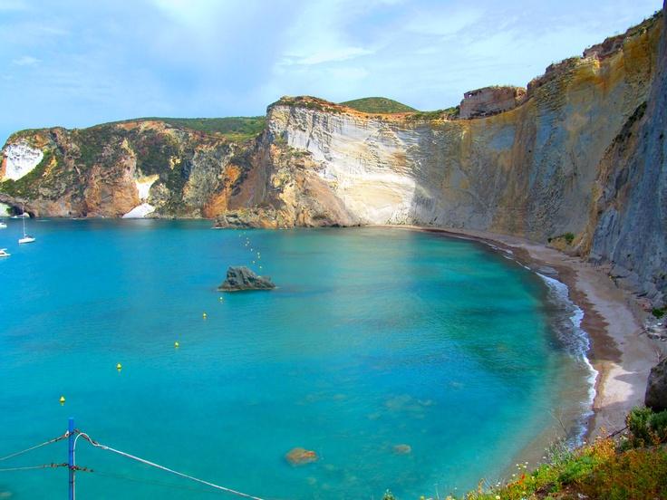 Ponza, Latina (spiagge da non perdere)