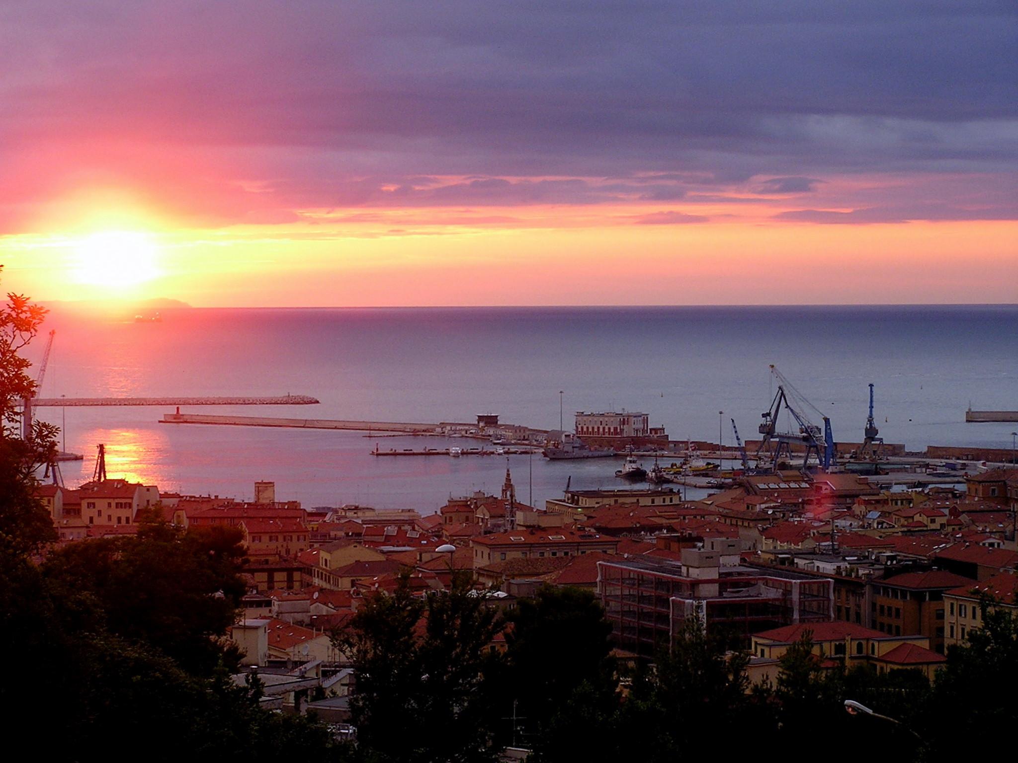 Ufficio Verde Comune Di Ancona : Palestra pietralacroce comune di ancona