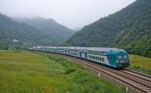 viaggiare in treno, trainline