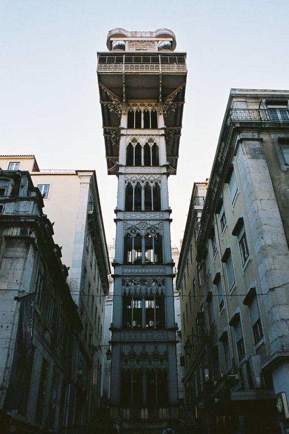 Elevador de Santa Justa, Lisbona