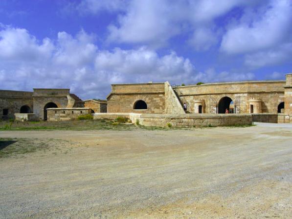 Itinerario militare a Minorca, Baleari (II)