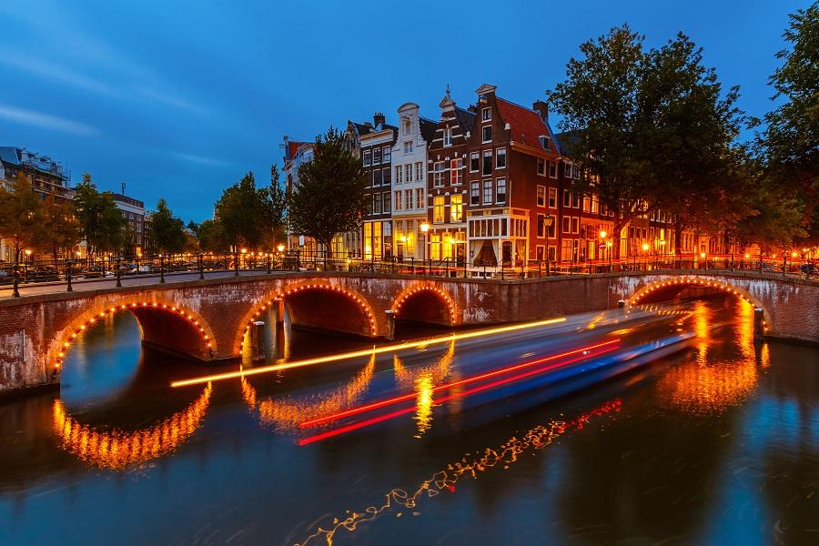 Foto Di Amsterdam A Natale.Dieci Motivi Per Visitare Amsterdam A Natale Tgtourism