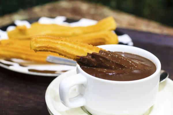 Churros con chocolate, tra i must di Natale a Barcellona