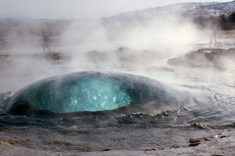 Geiser Strokkur, Islanda