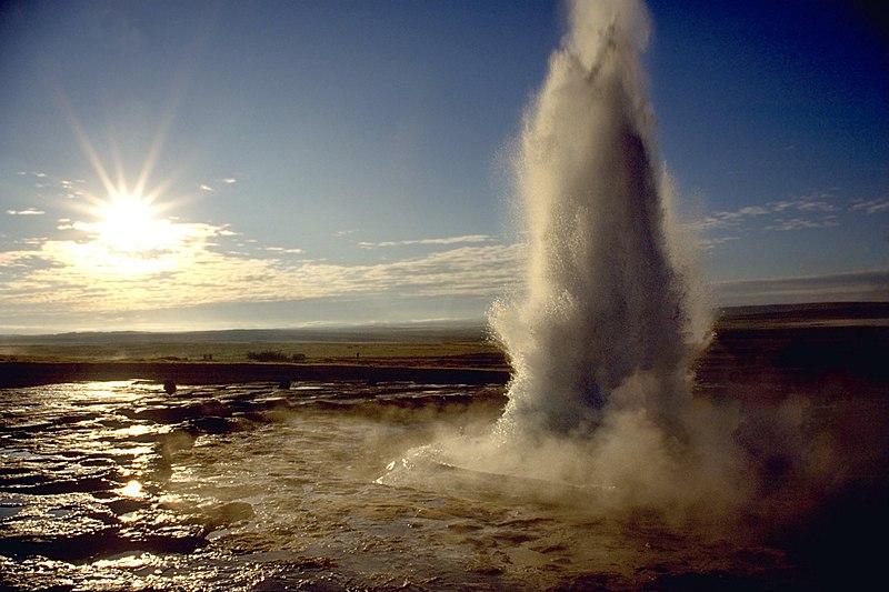 Geyser Strokkur, Islanda