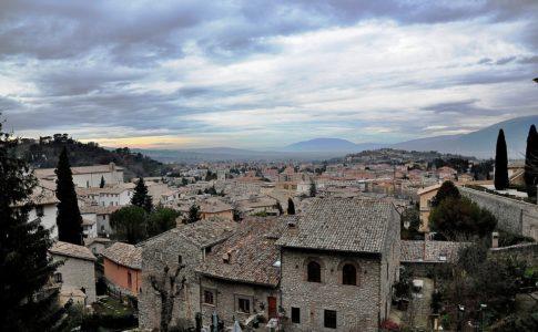 In viaggio per i borghi d'Italia: accordo con Trenitalia