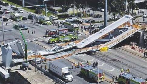 Miami, crollato ponte pedonale: sei vittime accertate