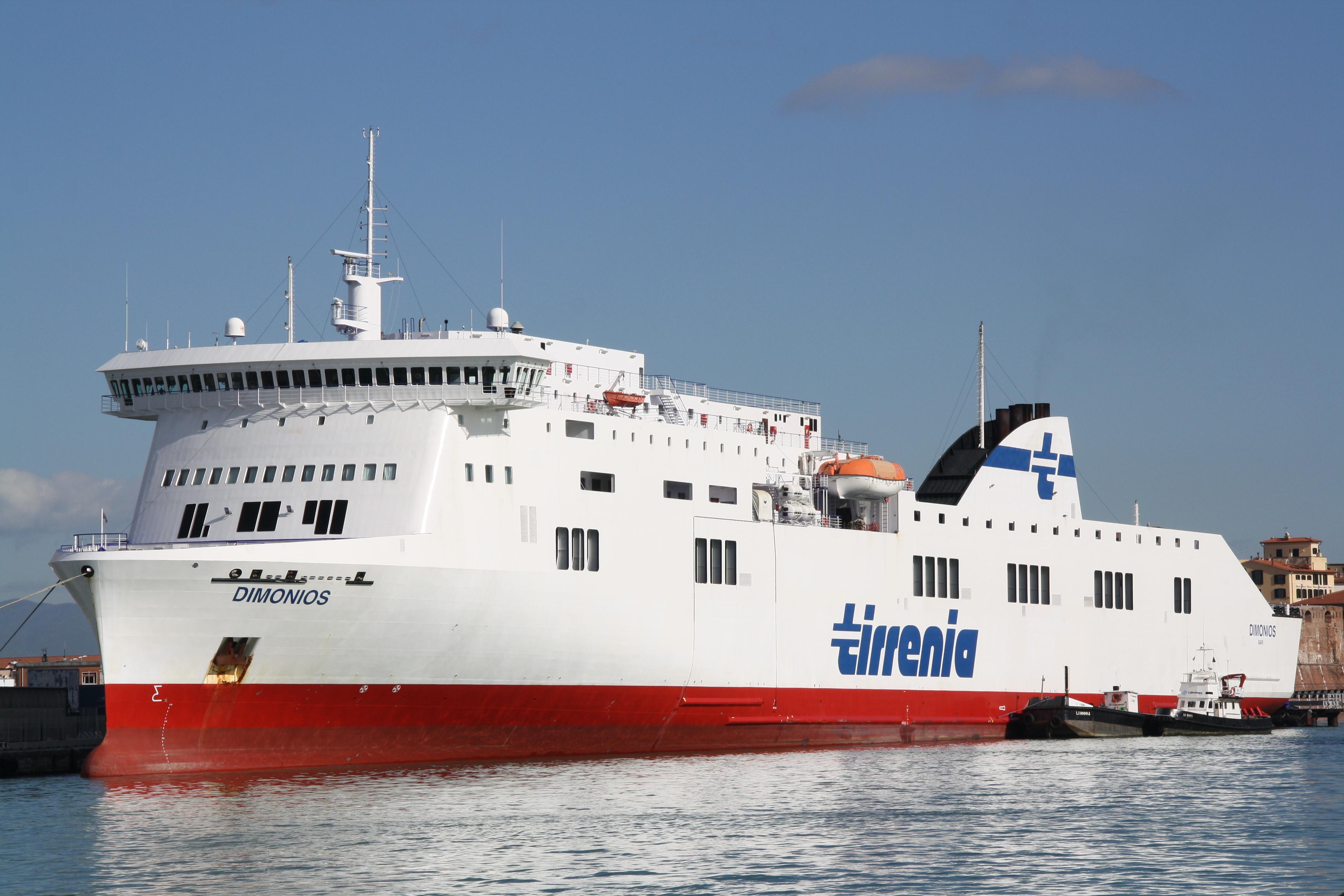 Il portale dei viaggi in traghetto for Nave sardegna