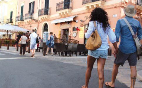 Turisti stranieri in Italia: record di arrivi nel 2017