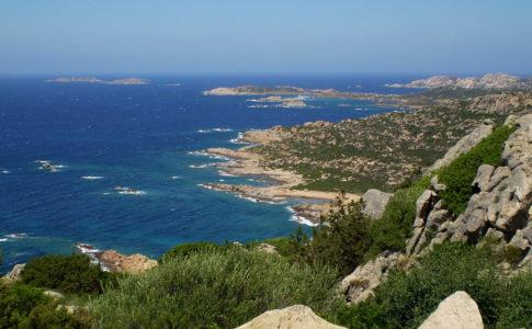 La Maddalena, quattro itinerari slow tra aprile e maggio