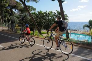 Primavera in Liguria: anticipo d'estate tra mare, parchi ed escursioni