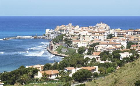 Pasqua, primo check sulle vacanze degli italiani: rallenta il trend positivo